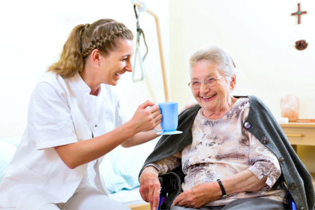 6 Benefits of Choosing Home Care